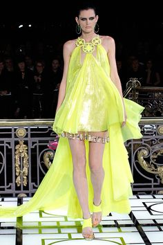 VERSACE SPRING 2013 COUTURE COLLECTION