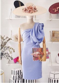 Vestido con detalle de volante en el hombro Race Day Fashion, Races Fashion, Vestidos Adele, Wedding Guest Style, Shower Dresses, Nice Dresses, Formal Dresses, Outfits With Hats, Chic Dress