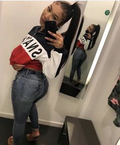 this in yellow and black with jean cut at the knee and furry UGG boots Swag Outfits, Dope Outfits, Snapchat, Booty Goals, Bombshell Beauty, Jeans, Pretty Girl Swag, Black Girls Hairstyles, Casual Summer Outfits