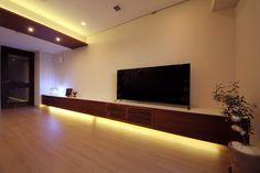 テレビボード / ウォールナット材+ホワイト光沢塗装  W5,390×D500×H400(オーダー設計・製作・施工)東京都千代田区S邸