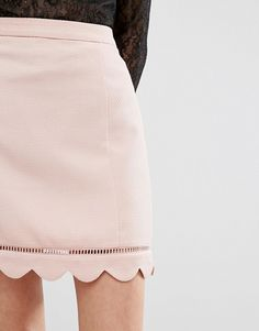 LOVE this from ASOS! Girly scalloped skirt for a pretty and feminine outfit Latest Fashion Clothes, Love Fashion, Womens Fashion, Fashion Online, Girly Outfits, Mode Outfits, Betty Cooper Aesthetic, Look Rose, Asos