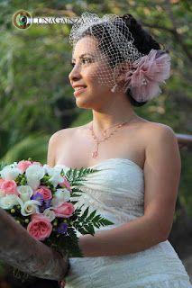 Velo de novia Bircage ideal para tu boda en playa Beach Wedding Hair, Wedding Hairstyles, Hair Styles, Bridal Veils, Wedding Hair Styles, Beach Weddings, Weddings, Boyfriends, Elegant
