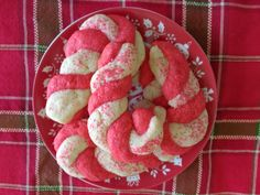 Click on this link to watch the video from Daytime Tri-Cities, Party in a Pinch Holiday Cookies   Here are four delicious Christmas Cookies for you to enjoy, just in time for the holidays: Pecan Butter Balls, Candy Cane Cookies, Sugar Cookies, and Kolaches. . I had a blast in Anna's kitchen, sharing these recipes for Daytime Tri-Cities' Party in a ... Read More