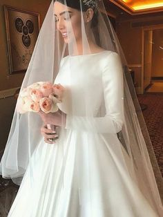 31 Timeless Wedding Veils to Inspire Your wedding is finally here. The dress is . 31 Timeless Wedding Veils to Inspire Your wedding is finally here. The dress is perfect, the hairstyle is done and t Western Wedding Dresses, Wedding Gowns With Sleeves, Long Sleeve Wedding, Princess Wedding Dresses, Modest Wedding Dresses, Elegant Wedding Dress, Tulle Wedding, Simple Dresses, Bridal Dresses