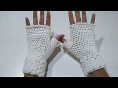 Knitting Stitches, Fingerless Gloves, Arm Warmers, Crochet Projects, Projects To Try, Lana, Youtube, Color, Fingerless Mitts