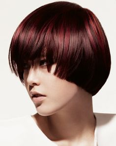 FRISÖR Bowl Haircuts, Avant Garde Hair, Halo Hair, Hair Color And Cut, Bowl Cut, Hair Shows, Bob Hairstyles, Red Hair, Hair Inspiration