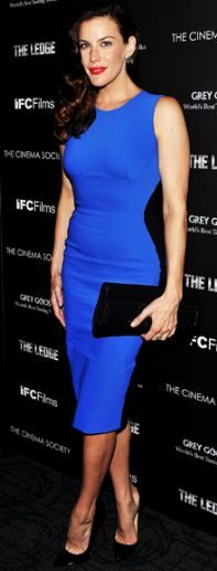 Liv Tyler in Stella McCartney--what an ingeniously flattering dress!!!