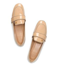 Happy Feet! Comfy Styles Are In For Spring #refinery29  http://www.refinery29.com/loafers#slide24