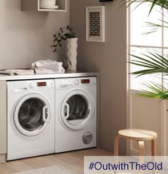 #OutWithTheOld washing machine yes please since my current Hotpoint is leaking water!
