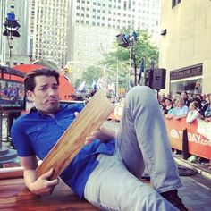 Once again @Jonathan Silver Scott is getting up close and personal with his hardwood on the @TODAY! Does…