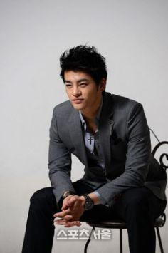 Never thought I'd get into k-pop, BUT...MULTI TALENTED, Seo In Guk, changed my mind.  He not only struggled to get to where he is, but has remained humble.  I understand ZERO Korean, but this man has me mesmerized...HARD TO DO.