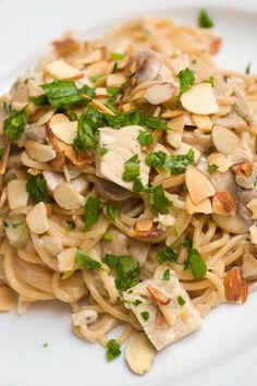 Pasta with Chicken, Almonds and Creamy Mascarpone Sauce