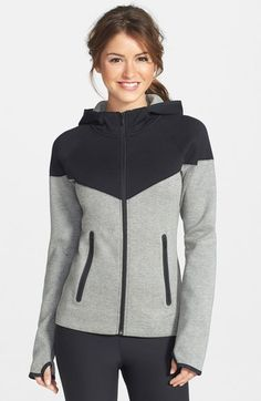 Nike Tech Windrunner Jacket available at Best Casual Outfits, Sport Outfits, Cute Outfits, Winter Outfits, Windrunner Jacket, Nike Windrunner, Nike Tech, Mode Hijab, Hoodie Sweatshirts