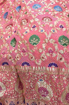 Pure Georgette Sarees, Bandhani Saree, Sari, Indian Gowns Dresses, Bridal Dresses, Modern Saree, Buy Sarees Online, Indian Weddings, Punjabi Suits