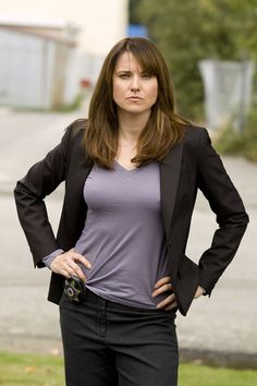 Oh, big macho army medic, are we? | Lucy Lawless as Sergeant Marybeth Duffy in The L...