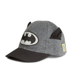 Cap in cotton jersey with appliqués and visor in twill. Elastication at back. #Batman