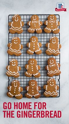 favorite christmas cookies Weihnachtspltzchen A classic Christmas cookie that never goes out of style! These Gingerbread Men Cookies are as delicious as they are adorable, made with all your favorite holiday flavors. Christmas Goodies, Christmas Candy, Christmas Desserts, Christmas Treats, Christmas Biscuits, Gingerbread Man Cookies, Holiday Cookies, Ginger Bread Cookies Recipe, Cookie Recipes