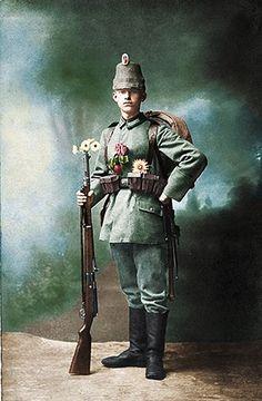 Colmar circa 1916. Junger Jaeger vom Großherzoglich Mecklenburgisches Jäger-Bataillon Nr.14 beim Ausmarsch.