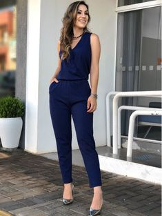 New Moda Fashion Mujer Chic Jeans Ideas Denim Fashion, Girl Fashion, Fashion Dresses, Womens Fashion, Business Fashion, Fall Outfits, Casual Outfits, Estilo Jeans, Jumpsuit Outfit