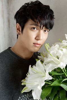 10 reasons fans have to celebrate Yong Hwa's birthday!