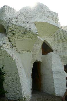 André Bloc (1896-1966) | Sculpture-Habitacle Nº2 | Meudon, France | 1964