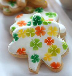 Shamrock Cookies (Tutorial)