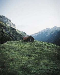Magnificent and Sweeping Views of the Alps – Fubiz Media