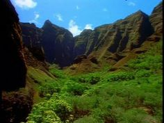 Hawaii, an amazing vacation desitnation, visit Travelwizard.com for a complete list of vacations in Hawaii