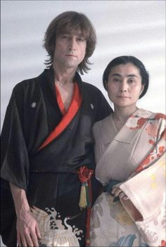 John and Yoko Portrait, By Allan Tannenbaum. John Lennon and Yoko Ono in Japanese kimonos while filming a video for Just Like Starting Over in a SoHo studio, November Archival Digital Print. Hand signed and numbered by the photographer. John Lennon Yoko Ono, Jhon Lennon, Beatles Photos, The Fab Four, Ringo Starr, Paul Mccartney, The Clash, George Harrison, Music Artists