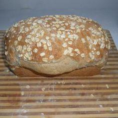 Oat-N-Honey Bread Recipe - Great Recipes/Snacks - breadrecipe Breadmaker Bread Recipes, Bread Machine Recipes, Great Recipes, Snack Recipes, Favorite Recipes, Honey Bread, Oats And Honey, Snacks, Dry Yeast