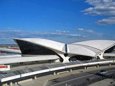 1962 ... TWA Terminal - Idlewild Airport (JFK)