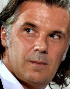 https://flic.kr/p/21F8RXZ   Miguel Zurera Díaz (115)   Más de 305000 rostros de famosos artistas, políticos, presentadores, actores, atletas, cómicos, celebridades, futbolistas, modelos, anónimos, científicos, arquitectos, rostros, faces, caras, personas, ojos, eyes, mujeres, hombres, músicos, ciudadanos, gente, people, mosaicos, zurera  ...  www.gigapan.com/profiles/mzurera