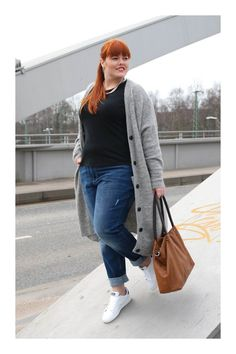How To Wear Spring Outfits Casual Boyfriend Jeans 35 Best Ideas Curvy Fashion, Fashion 2017, Trendy Fashion, Plus Size Fashion, Fashion Outfits, Sneakers Fashion, Fashion Clothes, Fashion Ideas, Fashion Styles