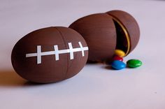 Throw the ultimate kids super bowl party for your little linebacker! Find fun, creative and unique ideas for everything you need to throw the best super bowl party in your neighborhood! Football Party Favors, Football Crafts, Football Birthday, Football Stuff, Birthday Bash, Birthday Ideas, Cornhole, Super Bowl, Craft Station