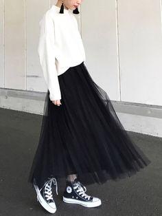 SMELLYのピアス(両耳用)「SMELLY ウッドフリンジピアス」を使ったyukiのコーディネートです。WEARはモデル・俳優・ショップスタッフなどの着こなしをチェックできるファッションコーディネートサイトです。