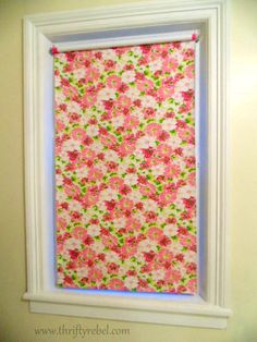 Pretty up a vinyl roller shade with some fabric to match your decor. Vinyl Blinds, Fabric Blinds, Fabric Shades, Blinds Diy, Roller Shades, Roller Blinds, Diy Window Shades, Window Coverings, Window Treatments