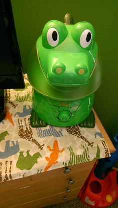 A Lucky Ladybug: Crane USA Adorable Humidifier Review and #Giveaway