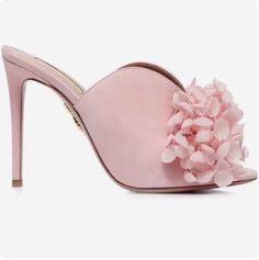 Aquazzura Sandals 2018 #fashion #vanessacrestto #shoes #sandals #stiletto