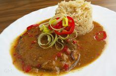 DOMA navařeno: Vepřová plec dušená na pivě a červené kápii Thai Red Curry, Stew, Treats, Dinner, Cooking, Ethnic Recipes, Food, Sweet Like Candy, Dining