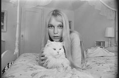 L'album photo des stars au lit 27 mia farrow