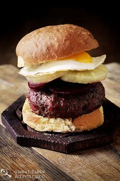 The World in 12 Burgers: Asian Edition (The Oceanic/Aussie Burger)