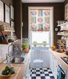 35 Amazing Small Kitchen Design Ideas For Tiny House - If you own a small kitchen, don't think that you can't do anything about making it appear ordered and large. A good quality kitchen design will mainly. Small Apartment Kitchen, Small Apartment Design, Living Room Kitchen, Small Apartments, Kitchen Decor, Studio Apartment, Beautiful Kitchen Designs, Beautiful Kitchens, Kitchen Models