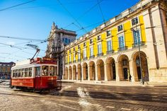 The best budget hotels and restaurants in Lisbon