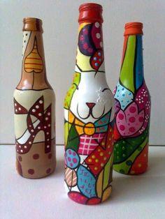 Fika a Dika Recycled Wine Bottles, Painted Wine Bottles, Painted Wine Glasses, Bottles And Jars, Recycled Glass, Glass Bottles, Glass Bottle Crafts, Wine Bottle Art, Bottle Vase