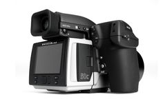 I could hope that some day the camera god's will smile and send me a Hasselblad H5D-50c.