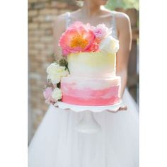 One last glimpse of the #weddinginspiration on ELD today... I think this pink and yellow ombre cake should do the trick! If you haven't seen it already click over to TheELD.com (link in my profile) to see these gorgeous wedding ideas from @psjphotography @achairaffair @naturespatina & more! #weddingcake #pink #pinkwedding #weddingideas by everylastdetailblog