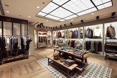 Aigle Festival walk Flagship store, Hong Kong » Retail Design Blog