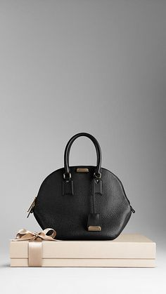 dccaa6e1719 Burberry Orchard bag in Heritage Grain Leather Burberry Gifts, Wishlist  Shopping, Bowling Bags,