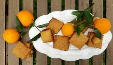 Νηστίσιμα μπισκότα πορτοκαλιού, από την αγαπημένη Ελπίδα Χαραλαμπίδου και το elpidaslittlecorner.gr! My Favorite Food, Favorite Recipes, Little Corner, Biscuits, Cookies, Food And Drink, Cheese, Vegan, Breakfast