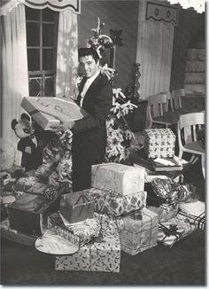 Elvis,...Christmastime!